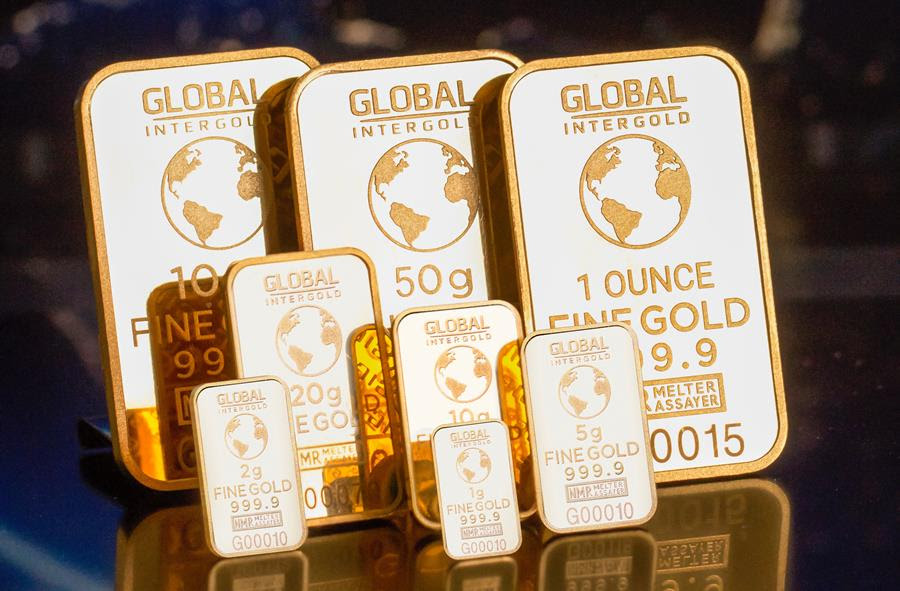 Expect gold to get back to £1,528 ($2,000) levels says wealth manager