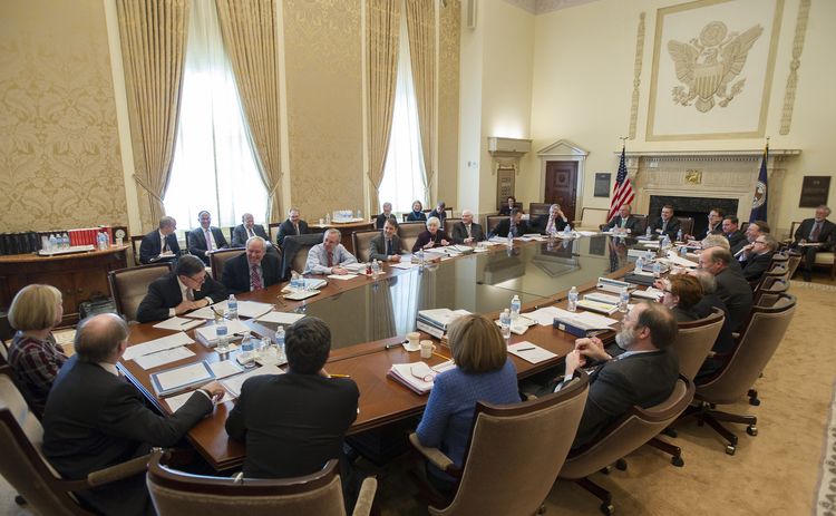 Fed expected to maintain low interest rates as FOMC meeting concludes – Great for gold